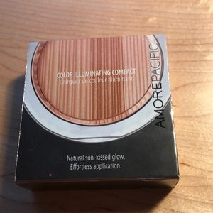 Amore Pacific highlighter
